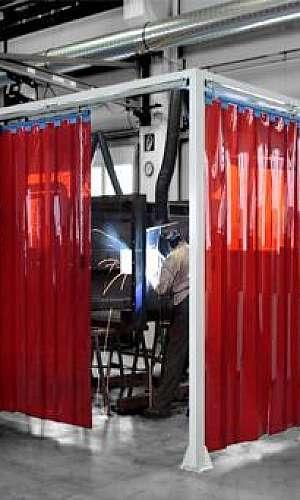 cortina vermelha para solda